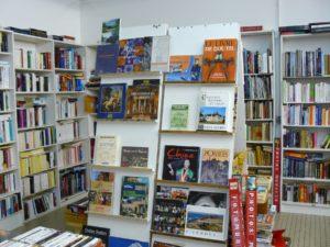 emmaus-niort-salle-de-vente-livre